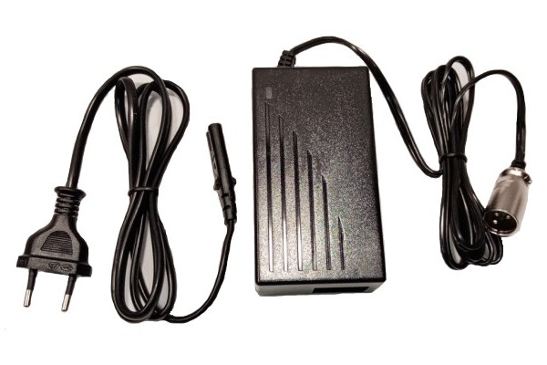 Charger 36V X-scooters XR01/XR02/XT01/XT02